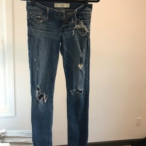 Distressed denim Abercrombie & Fitch jeans